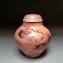 Kerámia urna 02, Képzőművészet , Kerámia, Kerámia urna. Egyedi készítésű, fatüzelésű kemencében égetett.Felülete kézzel polírozott és viassza..., Meska