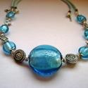 Tengerkék nyaklánc bőrszálon, Ékszer, óra, Nyaklánc, Ékszerkészítés, Ez a számomra nagyon kedves nyaklánc kék üveggyöngyökből készült fémszálra fűzve fém köztesekkel.Az..., Meska