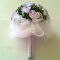 Örök csokor, asztaldísz esküvő dekoráció, Esküvő, Esküvői csokor, Esküvői dekoráció, Virágkötés, 19 szál rózsából álló örök csokor, vőlegény kitűzővel, strassz díszekkel. 1 db nagy asztalközép dís..., Meska