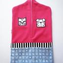 pink óvodai zsák állatos mintával(cica, kutya), Baba-mama-gyerek, Gyerekszoba, Tárolóeszköz - gyerekszobába, Falvédő, takaró, Saját tervezésű mintából készült az alapanyag, melyet ehhez az óvodai zsákhoz felhasználtam. Egy cic..., Meska