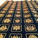 Fekete bevásárló szatyor matyó virágokkal/arany, Táska, Magyar motívumokkal, Ruha, divat, cipő, Szatyor, Varrás, Kb. 30x40cm-es vászon szatyor, melyre matyó virág piktogrammokat szitáztam, arany színű textilfesté..., Meska