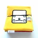textilkönyv gyerekeknek/sárga matyó legényke, Baba-mama-gyerek, Játék, Gyerekszoba, Készségfejlesztő játék, Többfunkciós, szivaccsal bélelt textil mesekönyv, 120x20cm-es. Lapozható és leporelló szerűen kinyit..., Meska