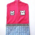 pink óvodai zsák állatos mintával, Baba-mama-gyerek, Gyerekszoba, Tárolóeszköz - gyerekszobába, Falvédő, takaró, Saját tervezésű mintából készült az alapanyag, melyet ehhez az óvodai zsákhoz felhasználtam.   A min..., Meska