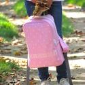 Gyerek hátizsák pöttyös és keresztszemes mintával, 4-8 éveseknek, Magyar motívumokkal, Táska, Hátizsák, Rózsaszín farmerből készült ez a hátizsák, melyet az általam tervezett  minta díszít. A mintát kézi ..., Meska