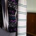 AKCIO rózsaszín mintás kötött rövid kabátka, Ruha, divat, cipő, Női ruha, Kabát, Felsőrész, póló, Újrahasznosított alapanyagból készült termékek, Varrás, Vintage kötött anyagokból készült,bélelt,egyedi kabátka. Mérete 38-40 Mosható 40fokon mosógépben is..., Meska