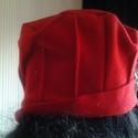 AKCIO piros csipkés gyapjuszövet kalap, Ruha, divat, cipő, Kendő, sál, sapka, kesztyű, Sapka, Újrahasznosított alapanyagból készült termékek, Varrás, Gyapjuszövet fekete barna csipkés gyöngyös kalap. Mérete56-58cm Egyedi darab. Minden terméket szege..., Meska