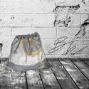 Ezüst mintás tornazsák, Táska, Hátizsák, Tarisznya, Varrás, Patchwork, foltvarrás,  Minőségi mintás designer pamutvászonból és ezüst színű műbőrből készült tornazsák vaj színű pamut ..., Meska