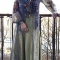 AKCIÓS!!!  Zöldes, gépi hímzett, hosszú szoknya, Ruha, divat, cipő, Magyar motívumokkal, Női ruha, Szoknya, Varrás, Hat részből szabott, lefelé bővülő, hosszú szoknya. Virág mintás, gépi hímzett taft és kevert szálú..., Meska