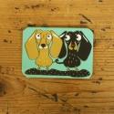 Kutyás ajándék: hűtőmágnes - többféle kutya, Konyhafelszerelés, Hűtőmágnes, Fotó, grafika, rajz, illusztráció, 5x7 cm -es, rétegelt, kartonból készült, laminált hűtőmágnes, hátoldalán kis mágneslappal.  A lénye..., Meska