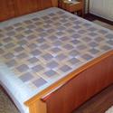 patchwork takaró, Otthon, lakberendezés, Lakástextil, Takaró, ágytakaró, Ágynemű, Varrás, Patchwork, foltvarrás, Patchwork technikával  készült ágytakaró. Felső és az alsó része is pamutvászon, közé vékony flíz k..., Meska