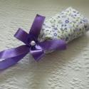 Lila virágos levendulazsák, Dekoráció, Dísz, Varrás, Saját készítésű levendulás illatpárna mintás textilből.  A párna belsejében illatos levendulafejeke..., Meska