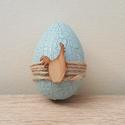 Kakasos tojáska, Dekoráció, Otthon, lakberendezés, Ünnepi dekoráció, Húsvéti apróságok, Festett tárgyak, Repesztett technikával készült hungarocell tojáska, melyet fa kakaskával díszítettem. Mérete: 6 cm ..., Meska