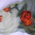 """""""Egy rózsa szál..."""", Képzőművészet , Ruha, divat, cipő, Textil, Kendő, sál, sapka, kesztyű, Varrás, Nemezelés, Gyönyörű színei miatt az egyik kedvencem.Kellemes puha, a nuno technikát alkalmaztam géz anyagra,Ma..., Meska"""