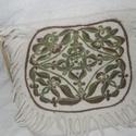 Hun-avar mintás , Képzőművészet, Táska, Textil, Tarisznya, Nemezelés, Nagy méretü honfoglalást időző táska  kb 45 cm x 43 cm ,7mm vastag táska .Honfoglalást idéző tarsól..., Meska