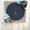 Időbeosztás, Ékszer, óra, Karóra, óra, Virágkötés, Ennek a faliórának az alapja egy lézer vágott fa óra alap, melyet krétafestékkel festettem le, így ..., Meska