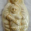 Székelyföldi fehér  Babba Mária, Képzőművészet, Magyar motívumokkal, Szobor, Kerámia, Kerámia, A kis szobrocskát fehér agyagból készítettem, majd  fehér és egy leheletnyi sárga mázzal díszítette..., Meska