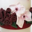 bordó rózsa és orchidea mintás esküvői gyertya szett, Esküvő, Otthon, lakberendezés, Gyertya, mécses, gyertyatartó, Nászajándék, Gyertya-, mécseskészítés, Egy kedves ismerősöm megrendelésére készítettem a képen látható gyertyát, melyet bordó és fehér szí..., Meska