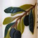 Házirend gyertya olivával, Dekoráció, Otthon, lakberendezés, Gyertya, mécses, gyertyatartó, Dísz, Gyertya-, mécseskészítés, Oliva ág öleli körbe a házirend feliratot.  A díszítés viaszfóliából készült.   A gyertya méretei: ..., Meska