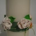 fehér rózsás gyertya naranccsal és zölddel, Dekoráció, Otthon, lakberendezés, Gyertya, mécses, gyertyatartó, Ünnepi dekoráció, Gyertya-, mécseskészítés, Gyurma, Madaikati megrendelésére, a 10 éves kislánya részére  készítettem a képen látható gyertyát, melyet ..., Meska