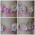 fehér rózsás gyertya egy kis rózsaszínnel keresztelőre, Dekoráció, Otthon, lakberendezés, Gyertya, mécses, gyertyatartó, Ünnepi dekoráció, Gyertya-, mécseskészítés, Gyurma, Madaikati megrendelésére készítettem a képen látható gyertya szettet, melyet fehér színű süthető gy..., Meska