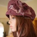 """""""Shabby-rose""""/ mályva  -  romantikus szövetkalap, Ruha, divat, cipő, Kendő, sál, sapka, kesztyű, Sapka, Női ruha, Varrás,   Shabby-chic stílusban készült sildes fazonú bélelt kalap mályva színű gyapjúszövetből romantikus d..., Meska"""