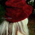 Extravagáns szőrmekalap, Ruha, divat, cipő, Kendő, sál, sapka, kesztyű, Sapka, Női ruha, Varrás,  Bordó luxusminőségű műszőrméből készítettem ezt az extravagáns karimás kalapot.  Látszólag dupla ka..., Meska