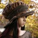 """""""Boszi-főkötő"""" /mokka -  romantikus polár kalap, Ruha, divat, cipő, Kendő, sál, sapka, kesztyű, Sapka, Női ruha, Varrás, Extravagáns, fázós-fejű nőknek: Kávébarna polárból és cirmos gyapjúszövetből készítettem ezt a Grim..., Meska"""