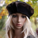 """""""Polly"""" kalap - fekete filckalap, Ruha, divat, cipő, Kendő, sál, sapka, kesztyű, Sapka, Női ruha, Festett tárgyak, Varrás,  Fekete forrázott- filcből készítettem ezt a koronás kalapot. A széleit színtelenítettem egy """"glóri..., Meska"""