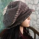 """""""Saskia"""" design-kalap, Ruha, divat, cipő, Női ruha, Kendő, sál, sapka, kesztyű, Sapka, Varrás, Festett tárgyak, Új modellem vagány nőknek terveztem:   Különleges, kétrétegű (felül lyukacskás) kötött kelméből kés..., Meska"""