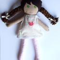 Öltöztethető textilbaba matyó hímzéssel díszített ruhában, Baba-mama-gyerek, Játék, Játékfigura, Plüssállat, rongyjáték, , Meska