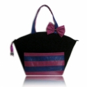 Fekete táska kék, lila zsebbel, Ruha, divat, cipő, Táska, Válltáska, oldaltáska, Varrás, Elegáns, dekoratív, egyedi.  A szép formájú táska fekete textilből és kék, lila (violaszín, ciklámen..., Meska