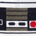 Nintendo joystick keresztszemes könyvjelző, Képzőművészet, Textil, Hímzés, Nintendo joystick-os keresztszemes hímzéssel készített könyvjelző. Anyaga kongré. Mérete: 15,5 x 8 ..., Meska