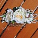 Gyöngyös, fehér rózsás hajdísz, Dekoráció, Esküvő, Ékszer, óra, Virágkötés, Egyszerűen elegáns, selyem rózsa, orgonavirág - gyöngyök, hajfésűre építve ...  Menyasszonyoknak, k..., Meska