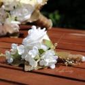 Fehér-arany  menyasszonyi körcsokor RENDELHETŐ!!!, Esküvő, Dekoráció, Mindenmás, Virágkötés, Fehér habrózsák, fehér orgona és arany levelek - arany színű gyöngyös szalaggal ... Igazi pompa :) ..., Meska