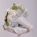 """""""Vintage hangulat"""" menyasszonyi csokor, Dekoráció, Esküvő, Otthon, lakberendezés, Esküvői csokor, Mindenmás, Virágkötés, Fehér színű habrózsa és fehér színű különlegesen szép sziromkidolgozású selyem helleborus virág, se..., Meska"""
