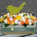 Tulipános ládika - madárkával, Dekoráció, Otthon, lakberendezés, Dísz, Virágkötés, Mindenmás, Ahogy melegszik az idő úgy vágyakozunk mi is a színes, illatos virágok, a langyos szellő és a teras..., Meska