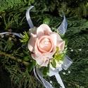 Csuklódísz rózsaszín habózsából, Dekoráció, Esküvő, Ékszer, óra, Divatos kiegészítője az esküvőknek a csuklódísz. Adhatjuk a hölgy tanúnak, örömszülőknek, de a kiseb..., Meska