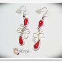 Ezüstözött nikkelmentes fülbevaló , Ékszer, óra, Fülbevaló, Ezüstözött nikkelmentes fülbevaló vörös korallal, hossza akasztó nélkül 3,5cm, Meska