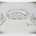 Csiga szett, Ékszer, óra, Ékszerszett, Gyűrű, Medál, Ezüstözött nikkelmentes szett, amely tartalmaz egy karperecet és egy pár fülbevalót. A karperec bősé..., Meska