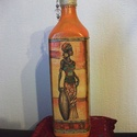 Üveg váza afrikai mintával, Dekoráció, Otthon, lakberendezés, Dísz, Kaspó, virágtartó, váza, korsó, cserép, Festett tárgyak, Decoupage, szalvétatechnika, Lakásunkat mindig feldobja egy új szín vagy egy új dísz. Lehet az akár egy újrahasznosított üveg is..., Meska