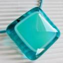 Türkiz hullám üveg medál, Ékszer, óra, Medál, Nyaklánc, Ékszerkészítés, Üvegművészet, Áttetsző türkiz és kékes-zöldes felhős ékszerüvegekből olvasztottam ezt a ragyogó színű, mutatós med..., Meska