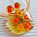 Aranysárga búzamező üveg medál fülbevalóval, üvegékszer szett, Ékszer, óra, Ékszerszett, Medál, Nyaklánc, Ékszerkészítés, Üvegművészet, Muránói áttetsző aranysárga ékszerüvegből és nagy, sárga, narancs, piros millefiori virág-gyöngyökb..., Meska