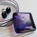 Ametiszt szivárvány üveg medál és fülbevaló, üvegékszer szett, Ékszer, óra, Medál, Nyaklánc, Ékszerszett, Ékszerkészítés, Üvegművészet, Áttetsző ametiszt lila és szivárvánnyal fénylő ékszerüvegekből olvasztottam rombusz alakúra a medál..., Meska