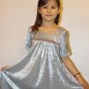 Ruha kislány ruha ezüstös szürke húzott ruhácska Rendelhető, Ruha, divat, cipő, Gyerekruha, Gyerek (4-10 év), Varrás, RENDELHETŐ!110-es méretű ez az ezüstszürke vékony bársony ruhácska. Az eleje és a háta is húzott.Az..., Meska
