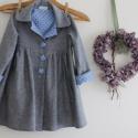 Kabát lányka tavaszi kabát szürke kék pöttyös kabát, Ruha, divat, cipő, Gyerekruha, Gyerek (4-10 év), Könnyű szürke szövetből készítettem ezt a klasszikus fazonú lányka kabátot. A kék pöttyös vászon ked..., Meska
