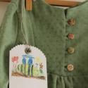 Blúz könnyű géz tunika kislányoknak zöld blúz, Ruha, divat, cipő, Gyerekruha, Gyerek (4-10 év), Varrás, Már a könnyű őszi estékre gondoltam,amikor ezt a kis tunikát elkészítettem.Zöld különleges bogyós, p..., Meska