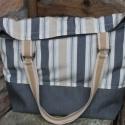 Táska  vászon táska csíkkos nagy lenvászon táska   pelenkázó táska, Táska, Válltáska, oldaltáska, Vidám, csíkos lenvászon táska akár pelenkázó táskának is használható.  A táska füle heveder és valód..., Meska