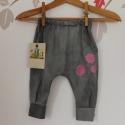 pamut nadrág bébi nadrág játszós nadrág, Ruha, divat, cipő, Gyerekruha, Baba (0-1év), Nagyon kényelmes,divatos és egyedi nadrág nadrágot ajánlok örökmozgó kislányodnak. Az anyag összetét..., Meska