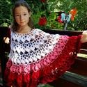 Lányka poncsó, Baba-mama-gyerek, Ruha, divat, cipő, Gyerekruha, Kamasz (10-14 év), Horgolás, Red Heart Soft akril fonalból horgolt, puha poncsó. 30-55 cm hosszú. Piros, rózsaszín, lila, kék és..., Meska