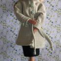 Barbie ruha / Kabát szoknyával, Baba-mama-gyerek, Játék, Ruha, divat, cipő, Baba játék, Varrás, Kislányok és nagylányok kedvence a világ számtalan országában ismert, népszerű Barbara, Petra, Kari..., Meska